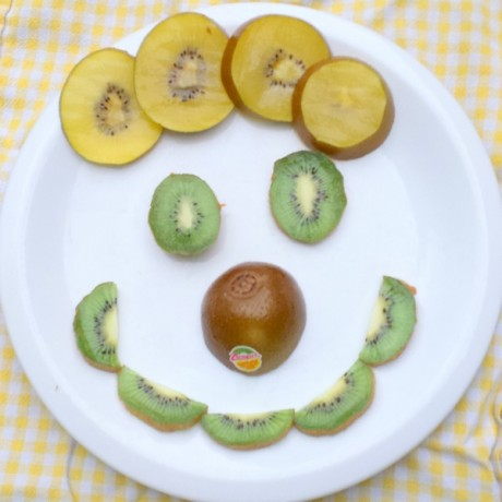 #HealthyKitchenHacks: Can you eat kiwi skin