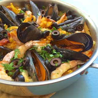 Easy Seafood Paella | The Recipe ReDux