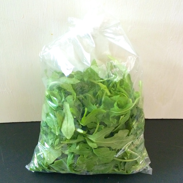 #HealthyKitchenHacks - How To Keep Salad Greens Fresh #tspbasil