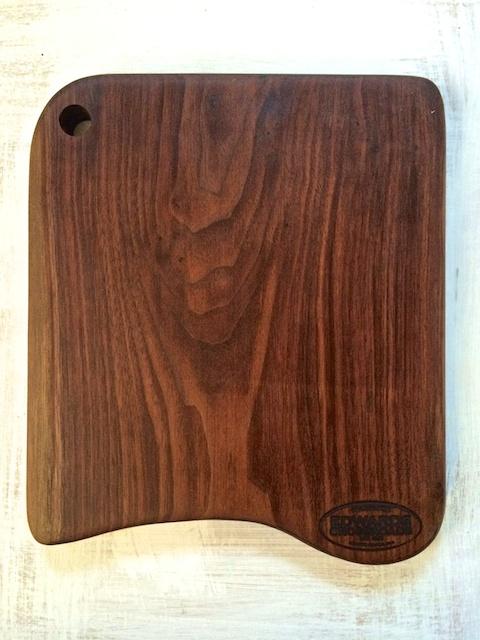 Win an Edwards Crossroads cutting board on teaspoonofspice.com !