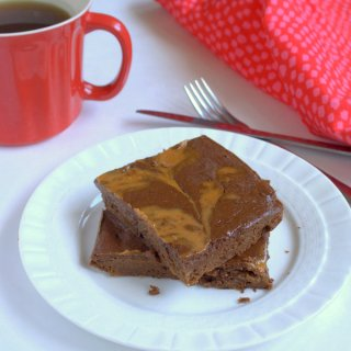 Peanut Butter Swirl Breakfast Brownies – Low Sugar | The Recipe ReDux