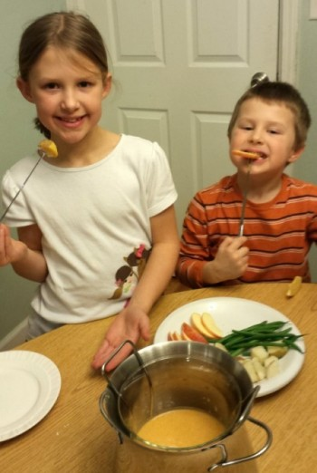 Kids Fondue Recipe | @tspcurry