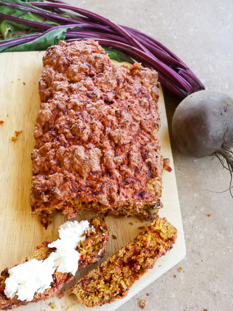 #HealthyKitchenHacks - Beet Bread | @TspCurry