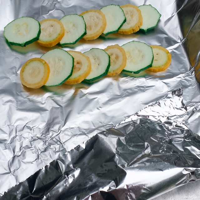 #HealthyKitchenHacks - WHICH SIDE OF FOIL IS WHICH? | @TspCurry