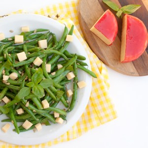 Microwaved Green Beans with Sunflower Seeds and Gouda