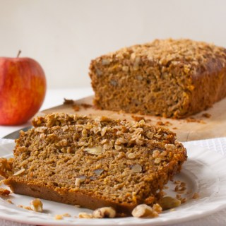 Sweetened with honey and packed with protein and whole grains: Apple Oatmeal Breakfast Bread | @TspCurry