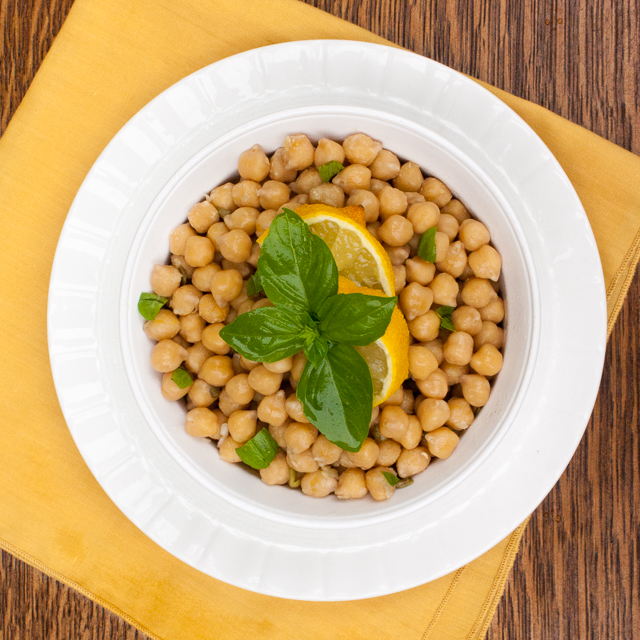 Better than from a can: 4-Ingredient Lemon Chickpeas + 4 YUMMY WAYS TO USE CHICKPEAS | @tspcurry