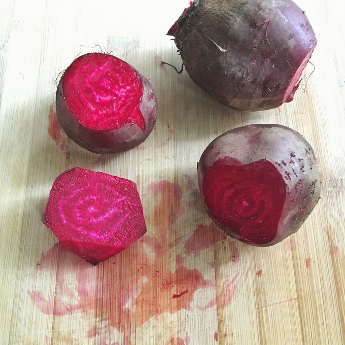 Healthy Kitchen Hacks: here are two easy solutions to remove beet stains from cutting boards and your hands.