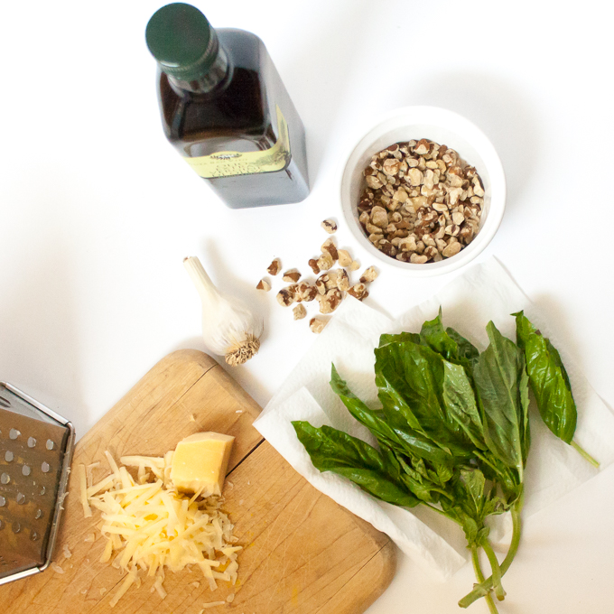 How to Keep Pesto Green | @TspCurry