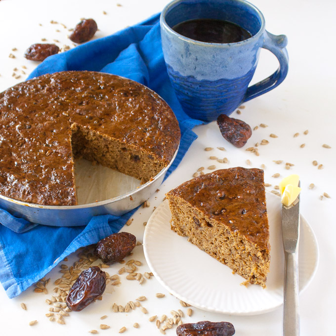 Date and Sunflower Seed Protein Bread | @TspCurry