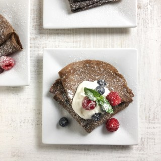 Lighten up your chocolate crepes with fresh fruit and Swerve sweetener. Recipe at Teaspoonofspice.com