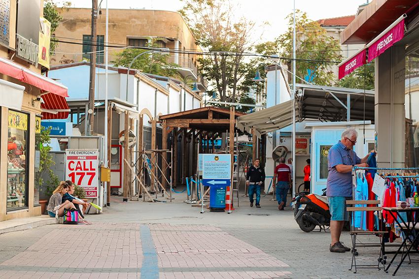 Greenline Cypern, Greenline cyprus, Green line Cypern, grænseovergange på Cypern, Cypern grænseovergang,Cypern guide, Guide til Cypern, Seværdigheder på Cypern, Rejseblog Cypern, gærske side af cypern, tyrkiske side af Cypern, Oplevelser til Cypern, opdeling af Cypern, Ledra street,