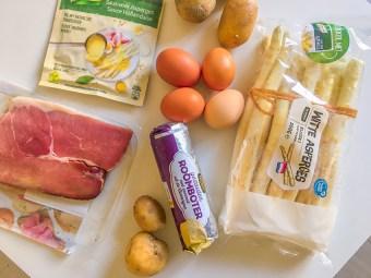 Hollandske asparges, hollandske nationalretter, nationalretter fra Holland, opskrifter fra holland, hollandske opskrifter, opskrifter på hollandsk, udenlandske opskrifter, opskrifter på udenlandsk mad, asparges med æg skinke og sovs,