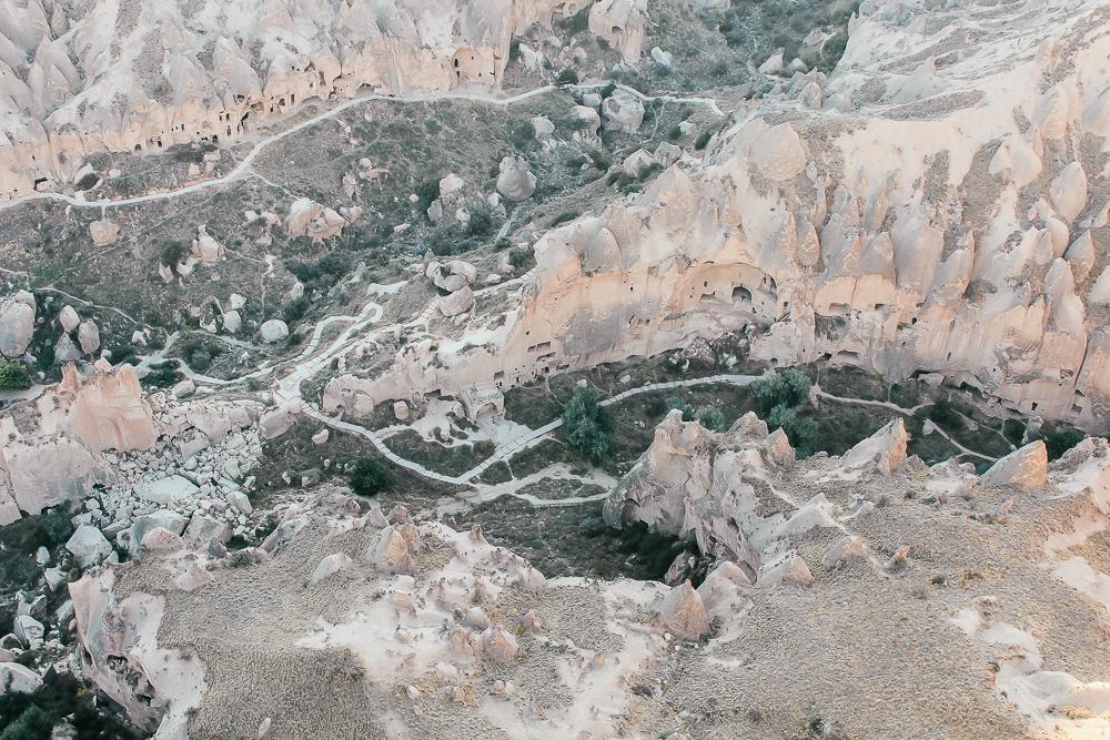Zelve dalen cappadokia, Cappadocia, Dalene i Cappadocia, Zelve munke dalen, luftballon i kappadokien, luftballon Cappadokia, månelandskab i Tyrkiet, oplevelser i Tyrkiet