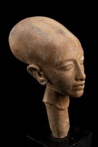 Córka Echnatona, kopia ntycznej rzeźby z ok. 1933 r. zb.. Wellcome Collection