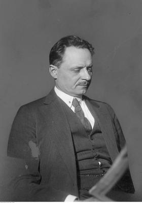 Prof. Edward Loth