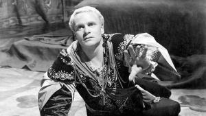 Laurence Olivier como Hamlet
