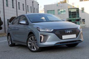 Hyundai will be introducing plug-in hybrid sedan Ioniq in India by 2017