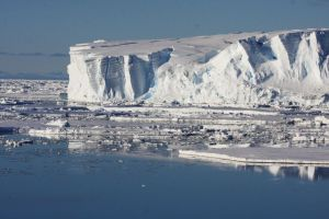 Ice melt created mysterious crater in East Antarctica not meteorite