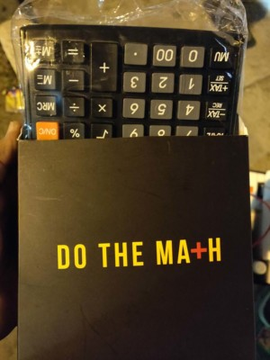Xiaomi hands out calculators at OnePlus 6T launch event in India