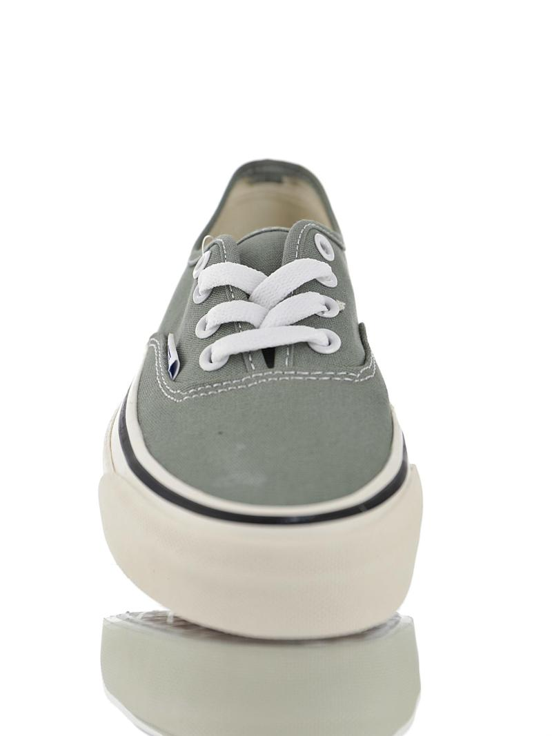 Vans Authentic Gris