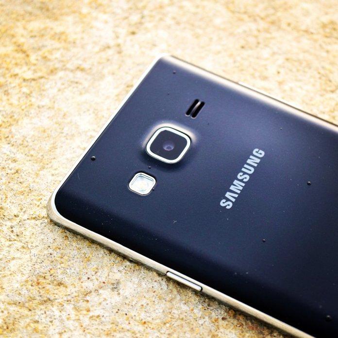 samsung-z2-tizen-smartphone