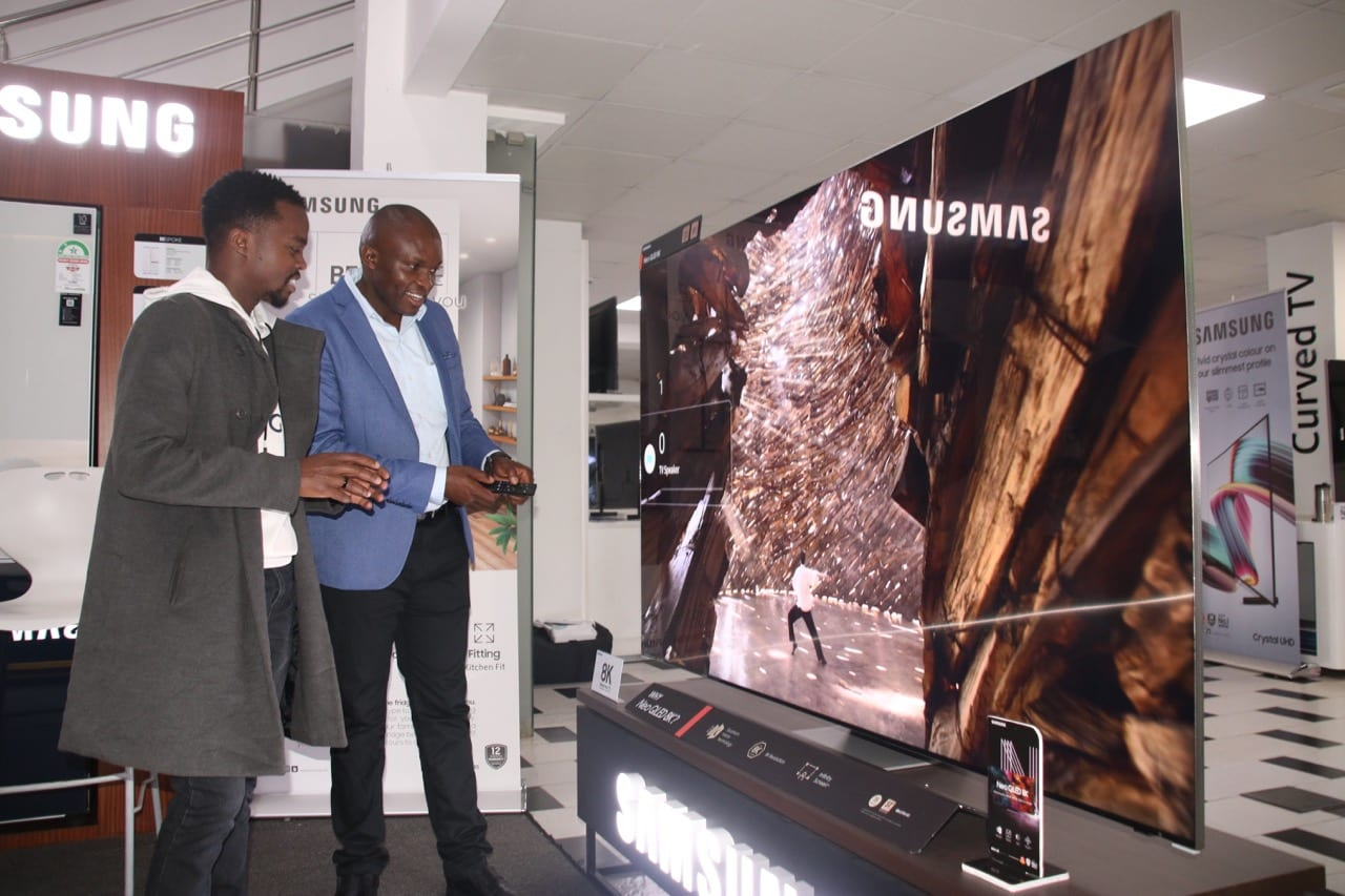 Samsung Kenya educates customers on its AI-centred Electronics