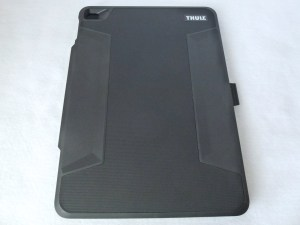 Thule Atmos X3 for iPad Air 2: Front Closed View