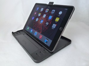 Thule Atmos X3 for iPad Air 2: Side Front View