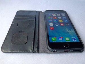 Moshi Overture Wallet for iPhone 6 Plus: Front Open View