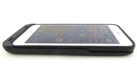 Tylt Energi Battery Case for iPhone 6s Plus- Side View