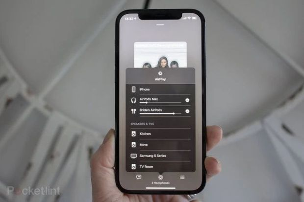 How to connect two pairs of AirPads to an iPhone or iPad