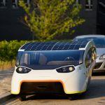 史上最も効率的な太陽光発電で走るファミリーカー「stella vie」