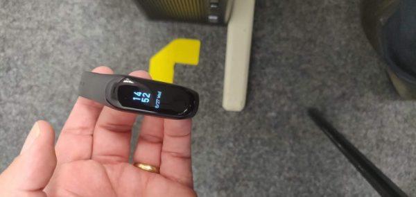 MiBand3 - Inglês