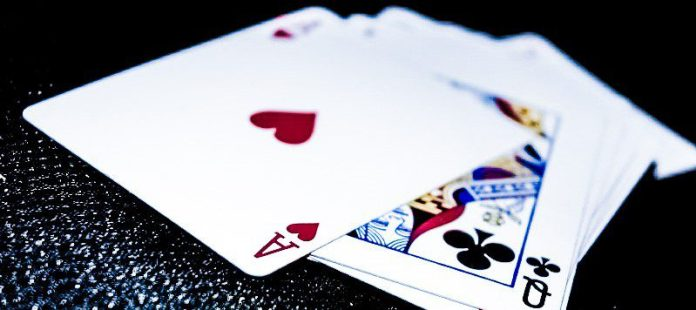 deck-of-cards-playing-ace-hearts-queen-clubs