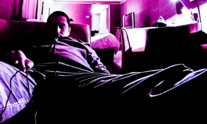 SleepTown App Gamification UX UI Android iOS Sleeping Better Pattern Behavior Man Sleeping Couch
