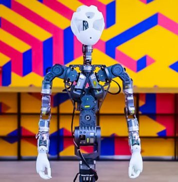 INNFOS XR-1 Interview Haotian Cui MWC 2019 Barcelona Robotics Robot SCA Join Innovation