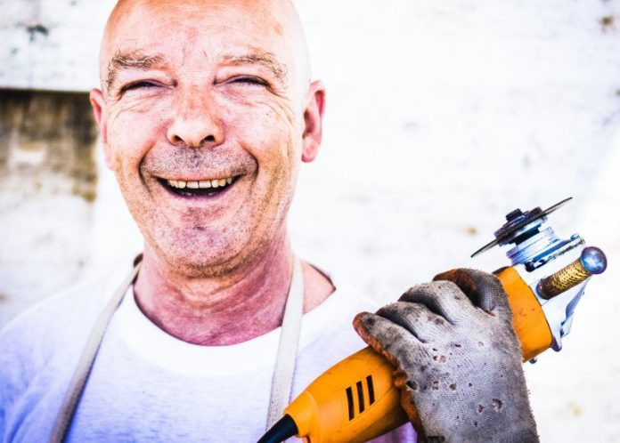 Happy Worker Cutting Tool