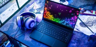 Razer Blade Stealth 13 New Gaming Laptop Notebook Standing On Table With Headsets