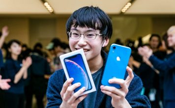 iPhone-XR-Launch-Apple-Shibuya-How-To-Reset-iOS-Guide-Factory-Restart-Frozen-Link