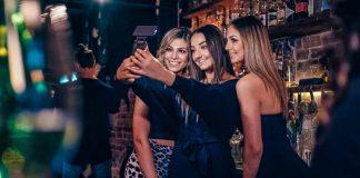 Bigsofti_Selfie_Phone_Bar