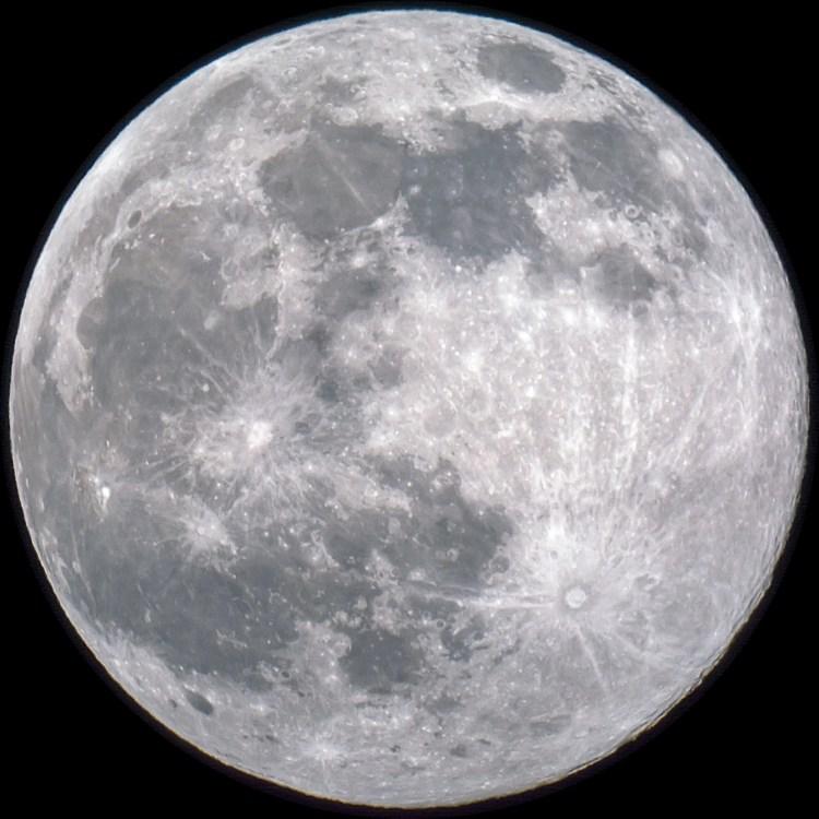 Moon-4555