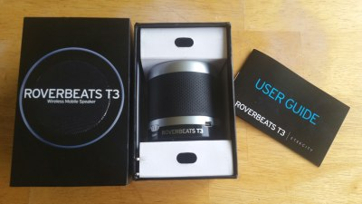 The contents of the Roverbeats T3 box.