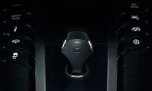 Zus_Smart_Car_Charger