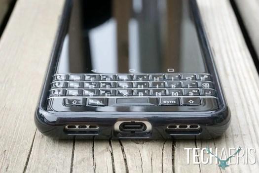 Incipio-Octane-Pure-review-BlackBerry-KEYone-09