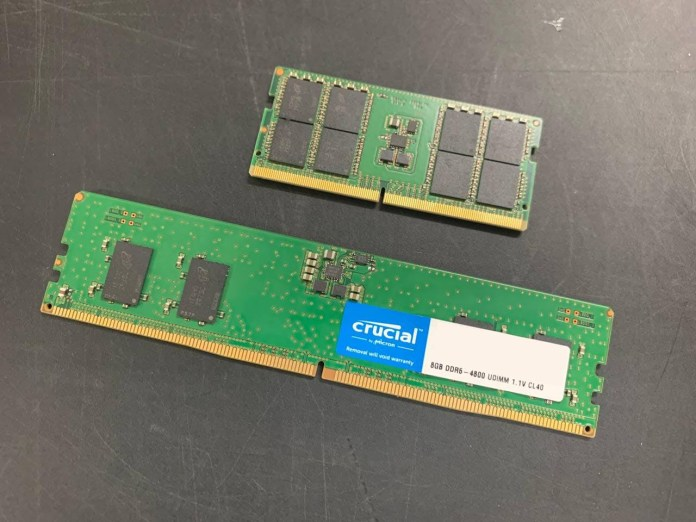 Crucial DDR5 Memory Opened