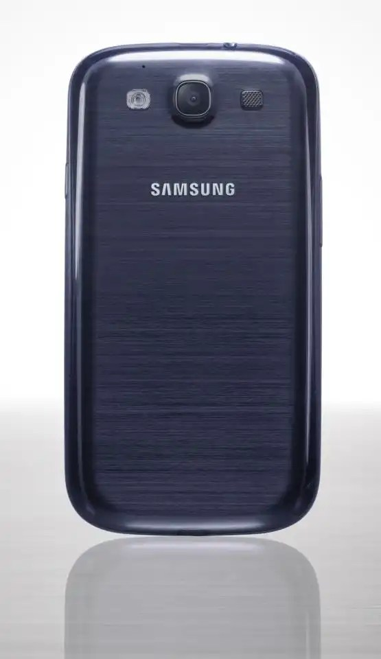 Samsung galaxy 3 black back side