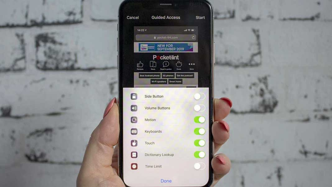 Here's The Reason Why Apple And Samsung Used UWB for Its New Phones, uwb in wireless communication, uwb iot, uwb impulse radar, uwb imaging radar, uwb iphone,