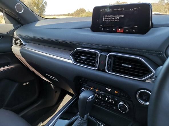 Mazda CX-8 technology