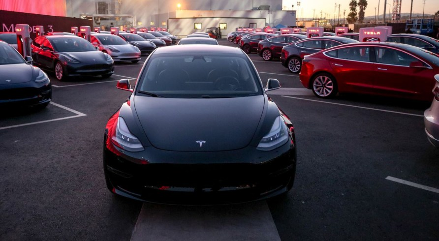 Tesla Model 3 Australian pre-orders get referral codesTesla Model 3